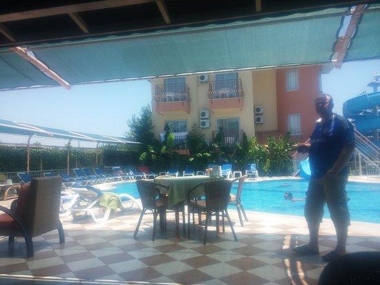 Yavuzhan Hotel: yavuzhan otel (10.07.2016, çolaklı)-pool bar