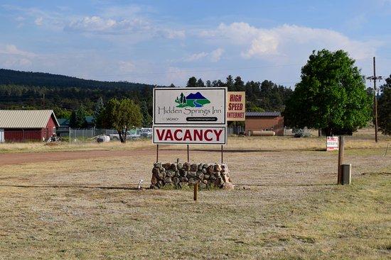 Reserve, NM: Hidden Springs Inn
