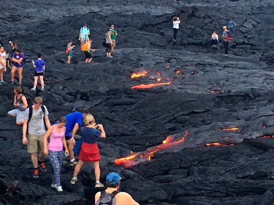 Hilo Bay Hale Bed & Breakfast: We can help provide directions to see the lava.