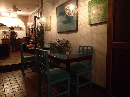 San Rafael de Escazu, Costa Rica: Inside the Cafe 2