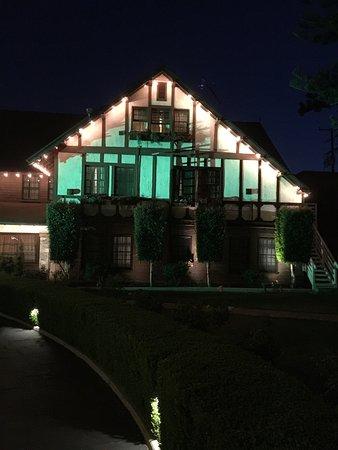 Santa Paula, CA: The Glen Tavern Inn