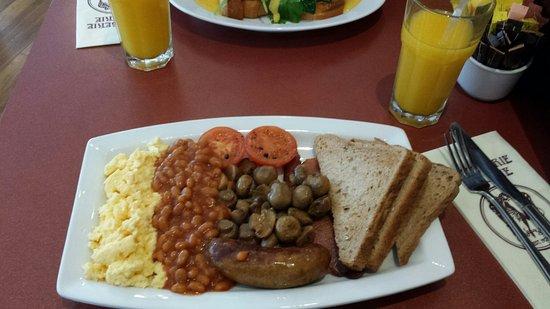 Patisserie Valerie Edgware Road, London - Marylebone - Photos & Restaurant Reviews - Order