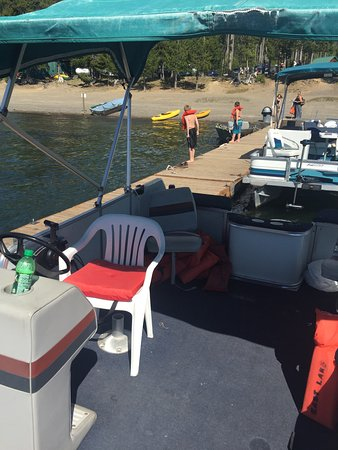La Pine, ออริกอน: East lake resort is amazing . a little disappointed with the miss carol pontoon boat rented for
