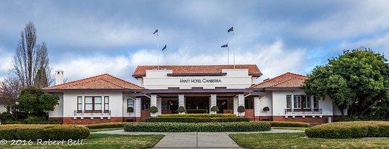 Hyatt Hotel Canberra: Hotel Canberra Front