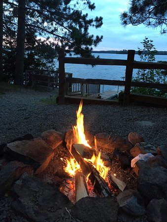 Timber Trail Lodge and Outfitter: View from our firepit