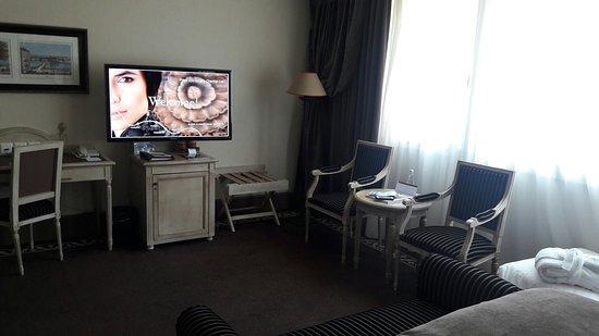 Hotel Royal - Manotel Geneva: 20160708_140706_large.jpg