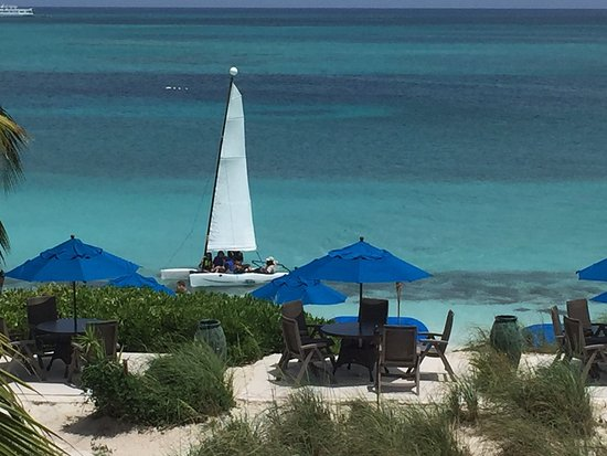 Windsong Resort: This was the view from our balcony. That's probably Sisko on the Hobie Cat!