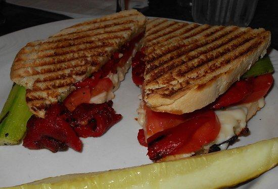 Macomb, IL: Veggie panini