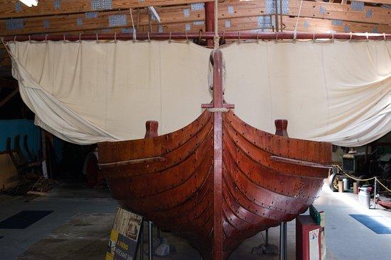 Alexandria, MN: Recreation of old Viking Ship