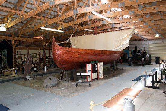 Alexandria, Миннесота: Viking ship