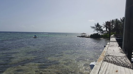 Old Man Bay, Grand Cayman: 20160729_091608_large.jpg