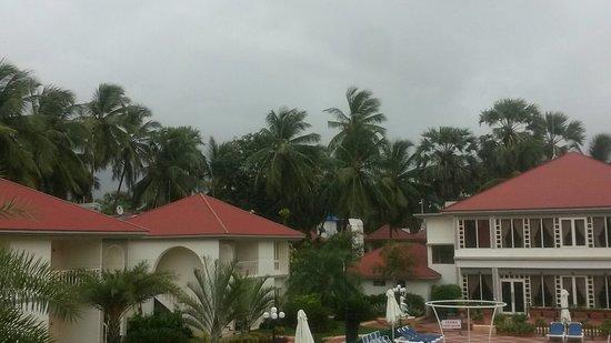 Radhika Beach Resort: Clouds descending