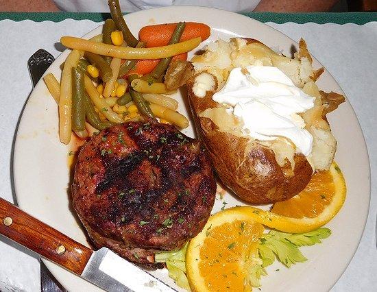 Memories Restaurant : Filet Mignon