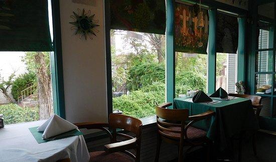 Memories Restaurant : Inside Dining Room