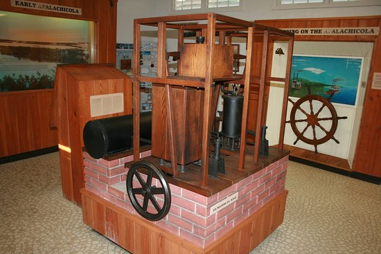 John Gorrie State Museum: Full-size reproduction of Dr. Gorrie's ice machine.