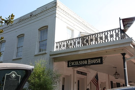 The Excelsior House: Exterior view of the Excelsior Hotel in Jefferson, TX.