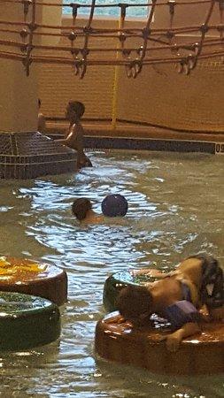 Splash Bay Indoor Water Park : 20160730_202647_large.jpg
