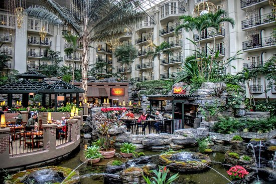 Nashville Christmas Shows  Gaylord Opryland Resort
