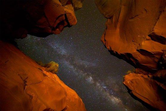 night-sky-over-upper.jpg