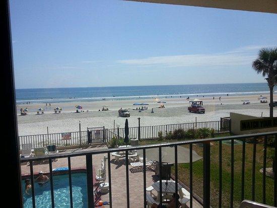 Beachside Motel: 20160730_104704_large.jpg