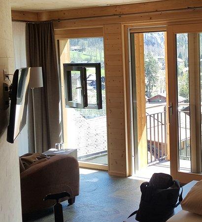 Hotel Silberhorn: Valley view room third floor