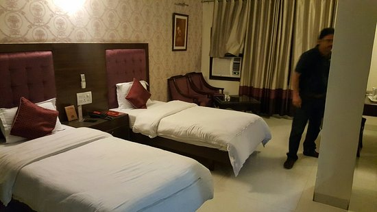 Hotel City Heart Premium : 20160729_200929_large.jpg