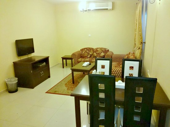 Al Shiraa Hotel Apartment