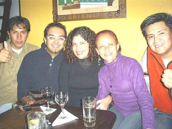 Tapekua: Compartiendo conb amigos del grupo musical Guapacha
