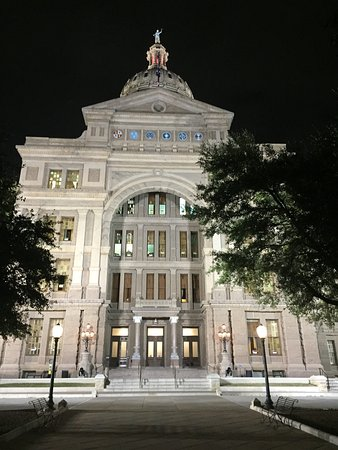 State Capitol: photo7.jpg