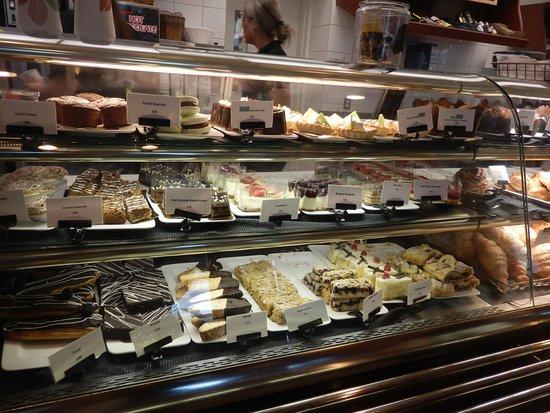 Chateau Deli: Sweets cabinet