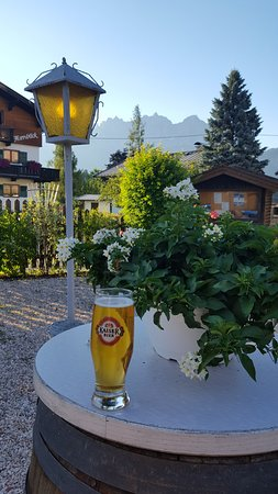 Oberndorf, Austria: Enjoy that cold Kaiser with a view on the Kaiser!