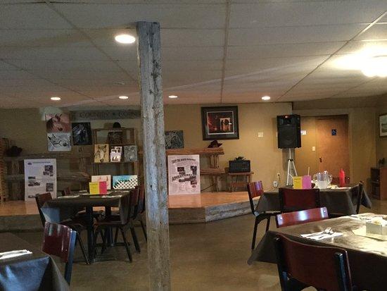 Broadleaf Guest Ranch: A segment of the huge room