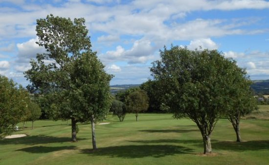 ‪‪Crook‬, UK: Crook GC - a typical vista of trees and hills‬