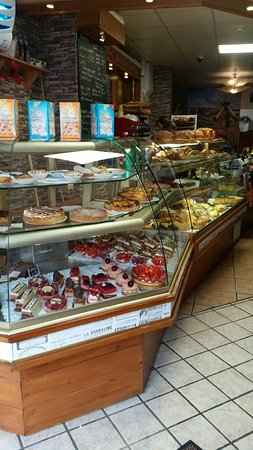 Petit Delice : Great place for a coffee stop. Love the food.