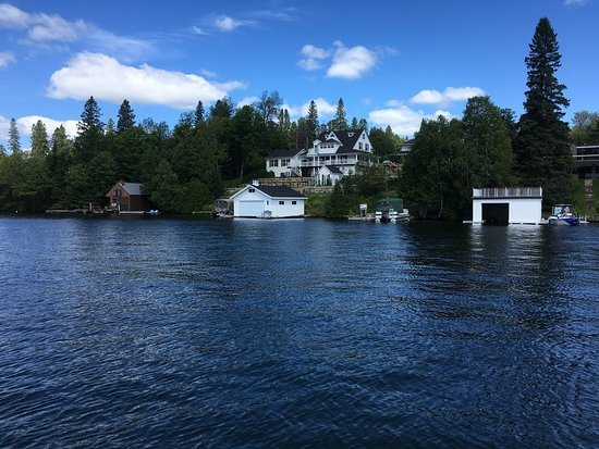 Saint-Adolphe-d'Howard, Canada: Scenic cruise