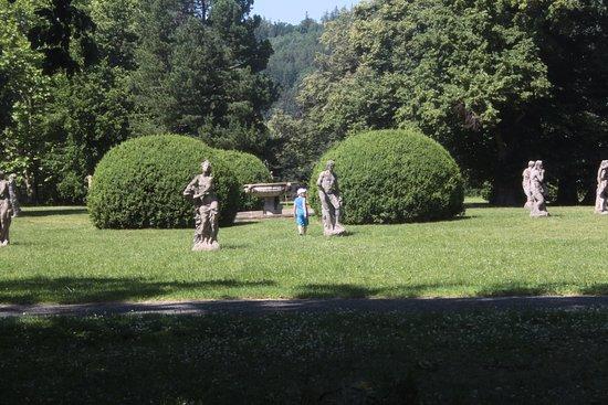 Valec Castle: Zahrada Zámku Valeč