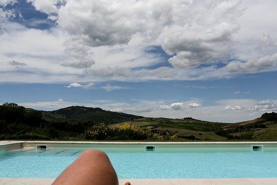Locanda Palazzone: the pool