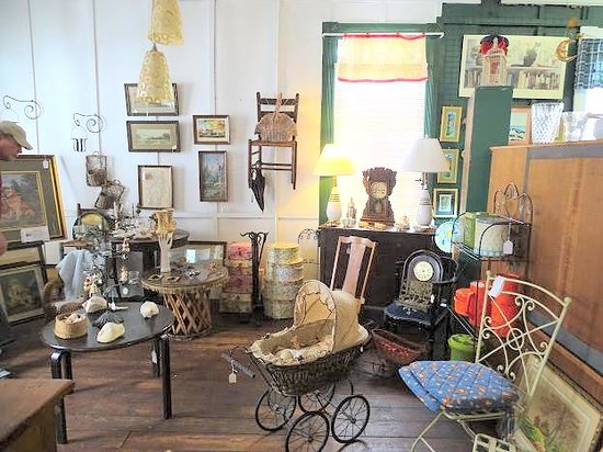 Washington Street Antiques
