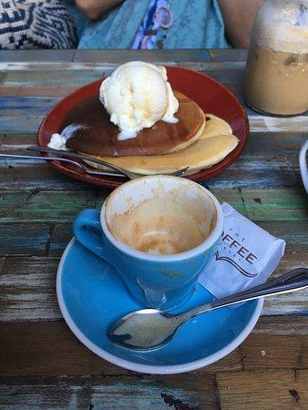 The Coffee Library: photo0.jpg