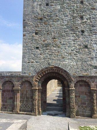 Ardfert, Irland: Romanesque Door