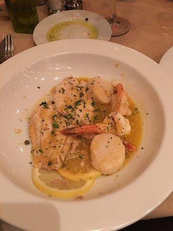 Renato's Italian Restaurant: photo2.jpg