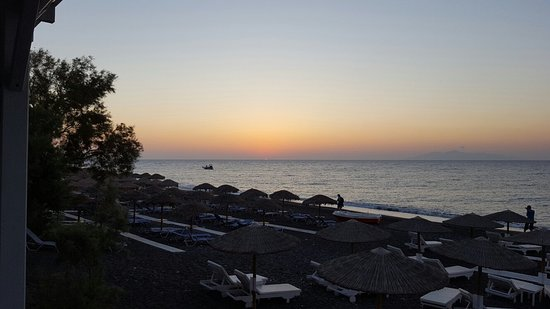 Santorini Reflexions Sea: 20160728_062226_large.jpg