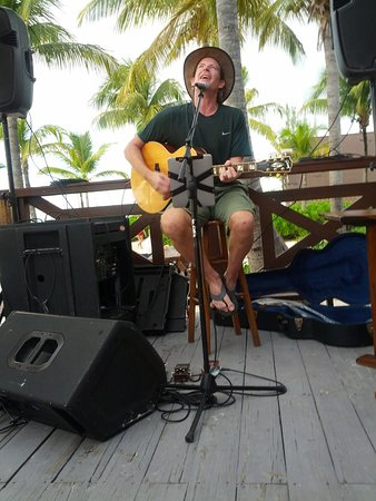 Club Med Turkoise, Turks & Caicos: Brian Lavelle singing as the sun goes down on the ocean