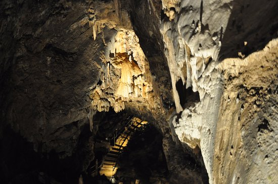 Cave of Lorette-Rochefort: Don't be afraid of heights (or depths)