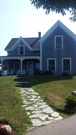 The Inn At Block Island: one of the cottages @ The Bellelvue suitable for family or larger groups