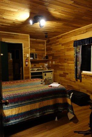 Fort Klamath, OR: L'interno della cabin