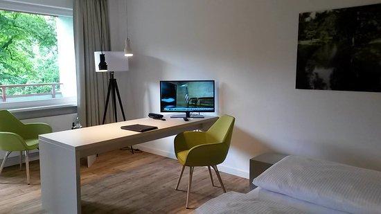Hotel Carolinenhof: Businesszimmer neu