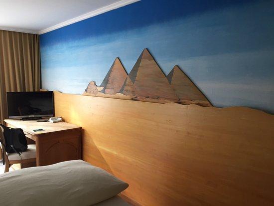 themenzimmer in diesem fall gypten bild von hotel arte. Black Bedroom Furniture Sets. Home Design Ideas