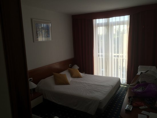 Holiday Hotel: photo0.jpg