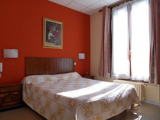 Hotel Victoria : Chambre 8